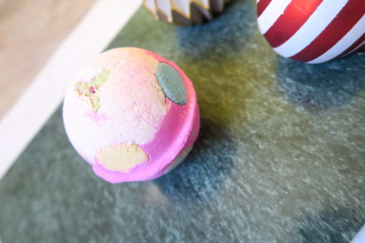 TRIED & TESTED: Lush – Luxury Lush Pud bath bomb